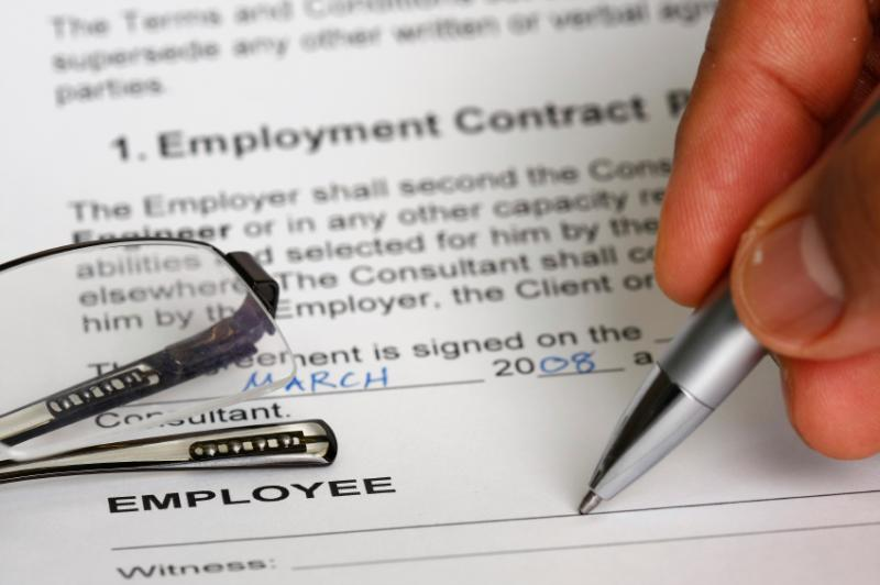 Contract Review Bend Oregon Lawyer